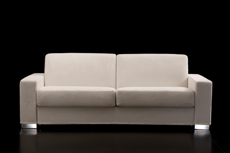 Divano con penisola reversibile duke for Dimensioni divano 2 posti