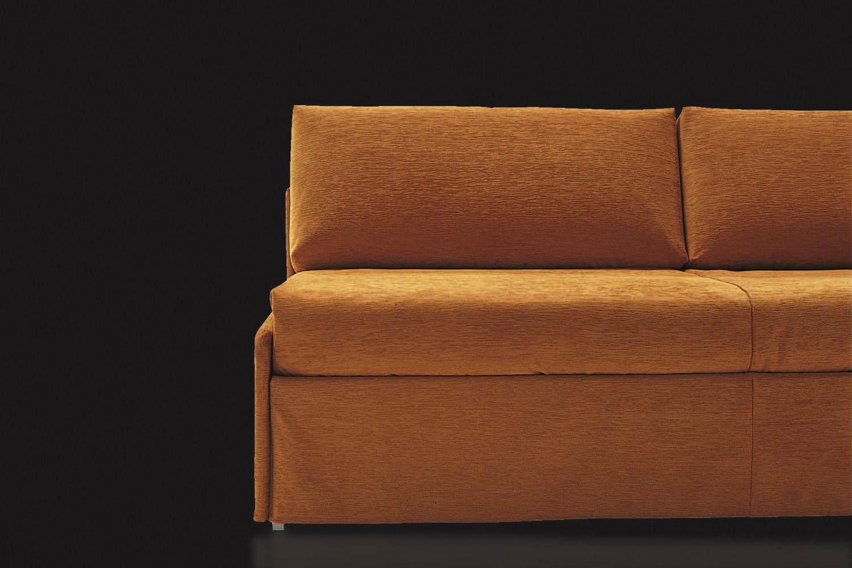 Regalo divano letto milano divano angolare letto for Divano enorme