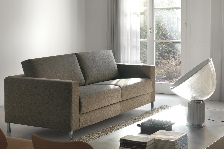 pulire divani in tessuto: come pulire con il vapore: 7 passaggi ... - Pulire Divani Con Vapore