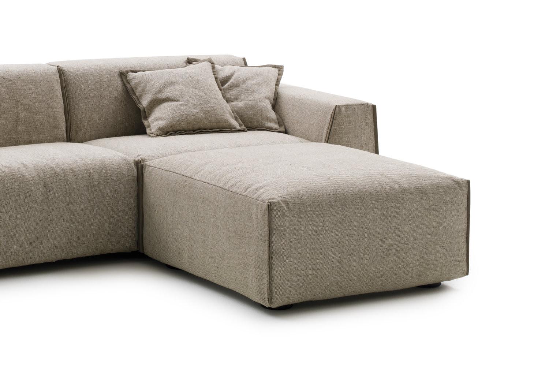 Divano letto 3 posti di design parker - Pouf per divano ...