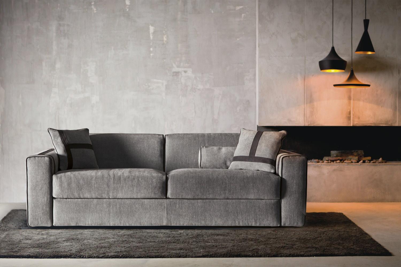 Ellington Sofa With Headrest Cushions