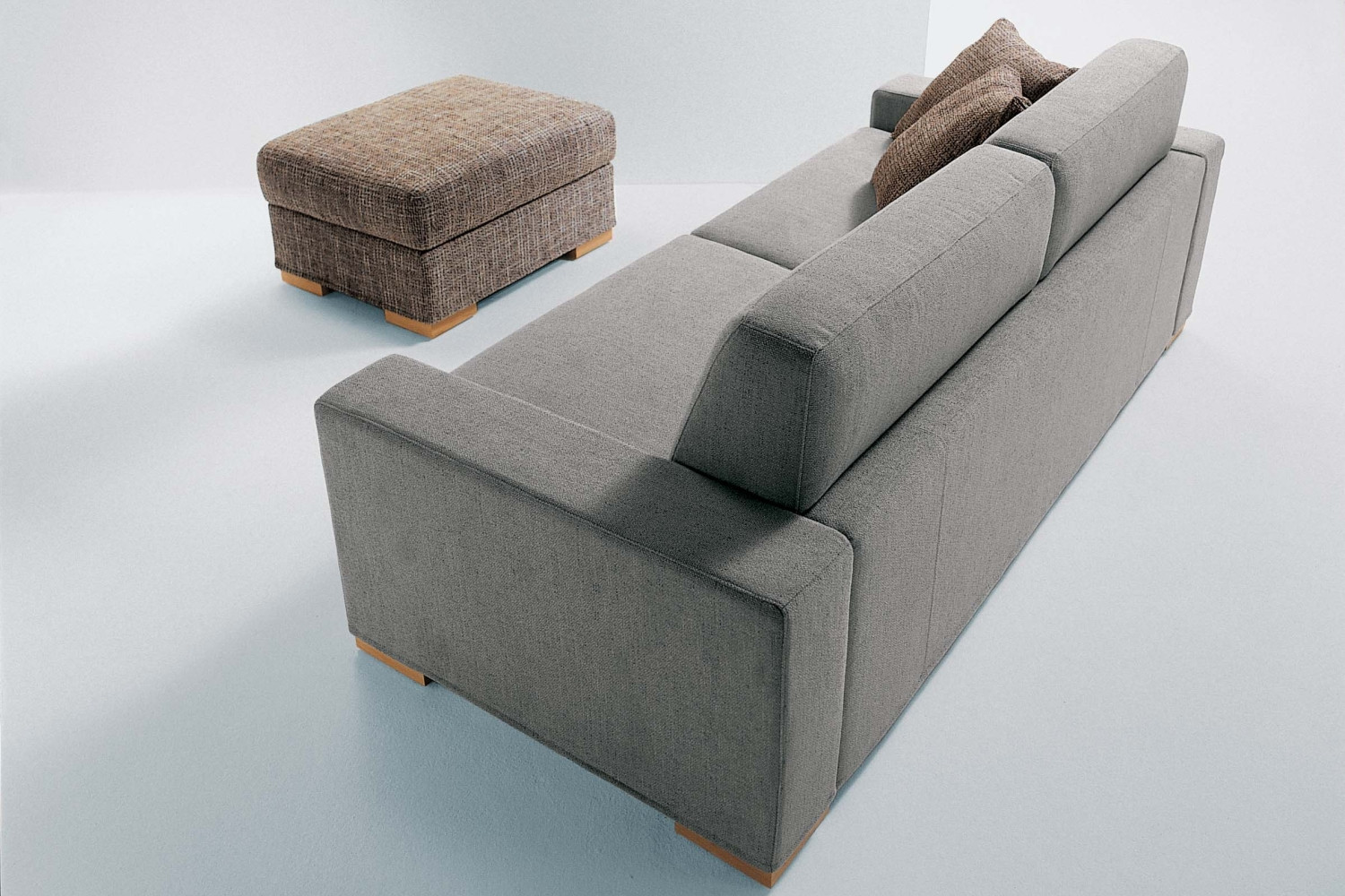 Duke convertible sofa with storage chaise longue for Chaise longue double sofa bed