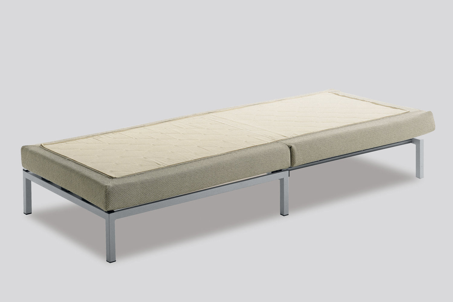 Willy Pouf Ottoman Bed With High Feet