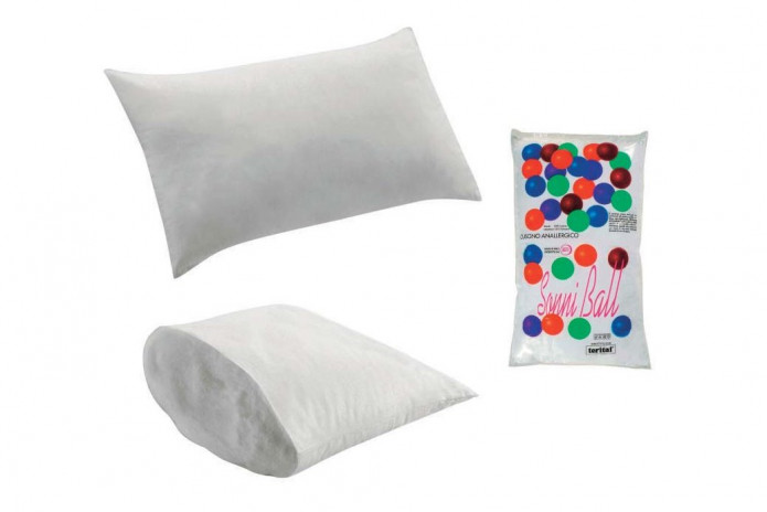 The cushion has a 100% PL padding and a 100% CO lining