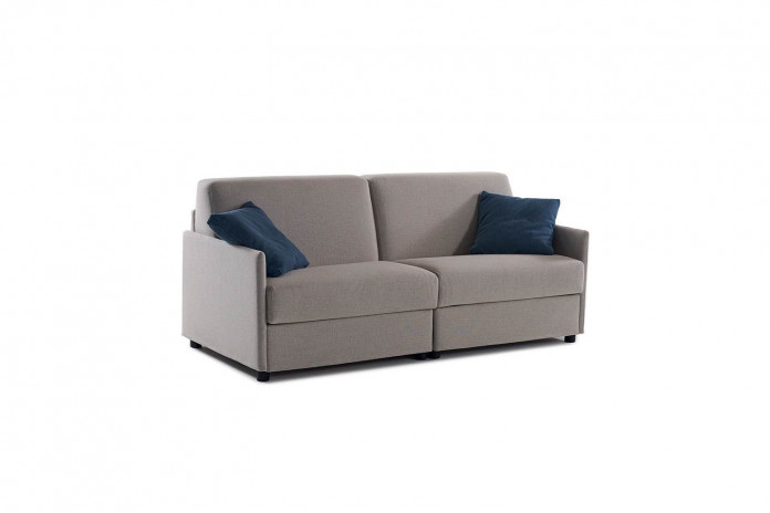 Lampo is a sofa bed with Lampolet mechanism available as armchair, 2 or 3-seater, and also in maxi versions.