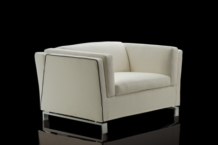 Benny armchair bed with high armrests