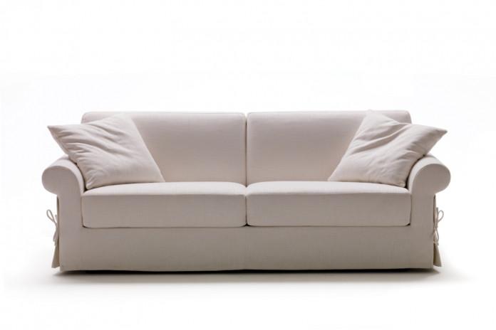 Richard klassisches Sofa aus Stoff