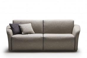 Groove 2-Sitzer Sofa, hohe Armlehnen. Untergestell aus verchromtem Stahlrohr